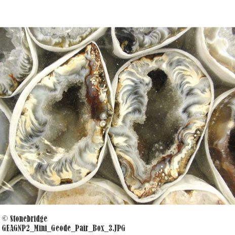 """Agate Mini Natural Geode Pair - 1"""" to 3"""" Box of (10 to 20 pairs)"""