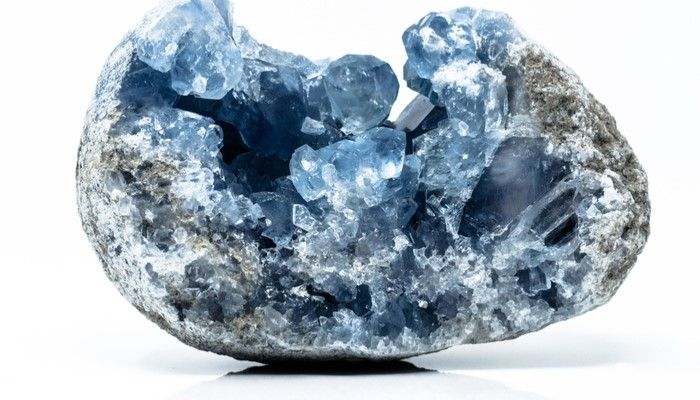 what-on-earth-is-celestite.jpg