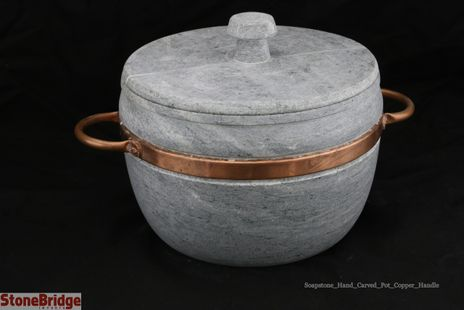 "Soapstone Pot with Lid Large - 4L - 8 1/2"" by 4 1/2"""